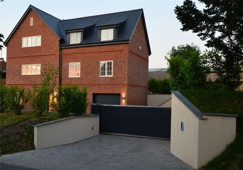 5 Bedrooms Detached House for sale in The Hollow, Chirton, Devizes, Wiltshire, SN10