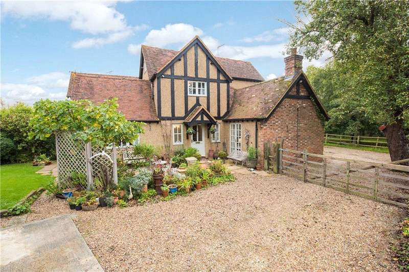 4 Bedrooms Unique Property for sale in The Lane, Ledburn, Leighton Buzzard, Buckinghamshire