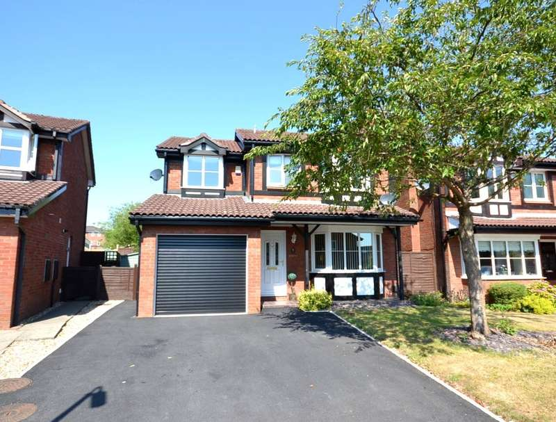 4 Bedrooms Detached House for sale in Underwood Close, Macclesfield, SK10