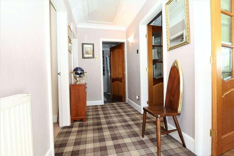 2 Bedrooms Detached Bungalow for sale in 5, Sycamore Crescent, Clayton Le Moors, Accrington, Lancashire, BB5 5SE