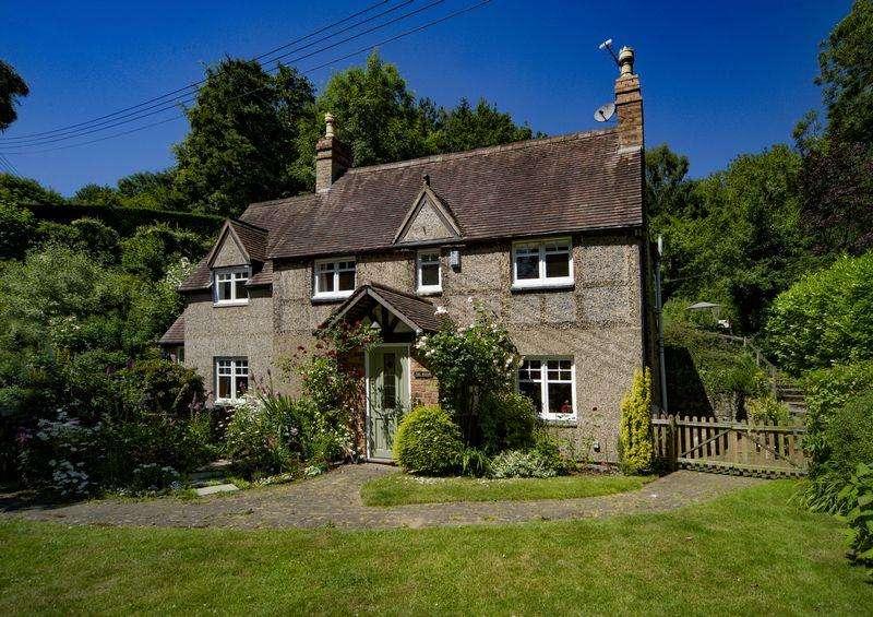 3 Bedrooms Detached House for sale in Bridge Bank, Ironbridge, Telford, Shopshire