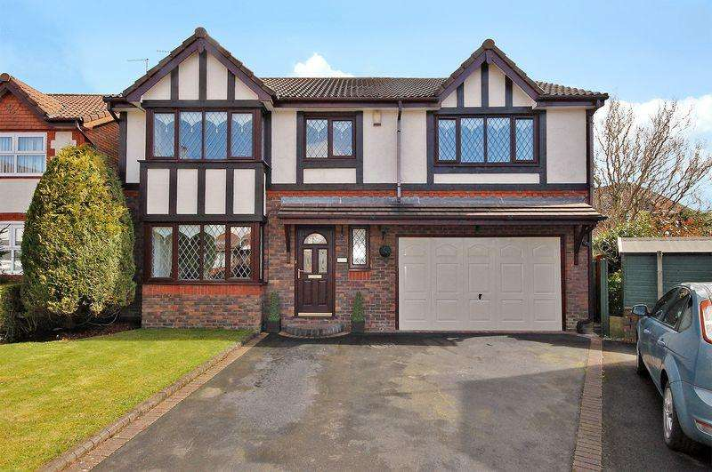 4 Bedrooms Detached House for sale in Preece Close, Widnes