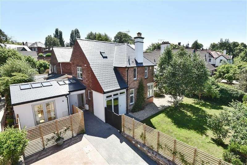 4 Bedrooms Detached House for sale in Denmark Road, St Leonards, Exeter, Devon, EX1