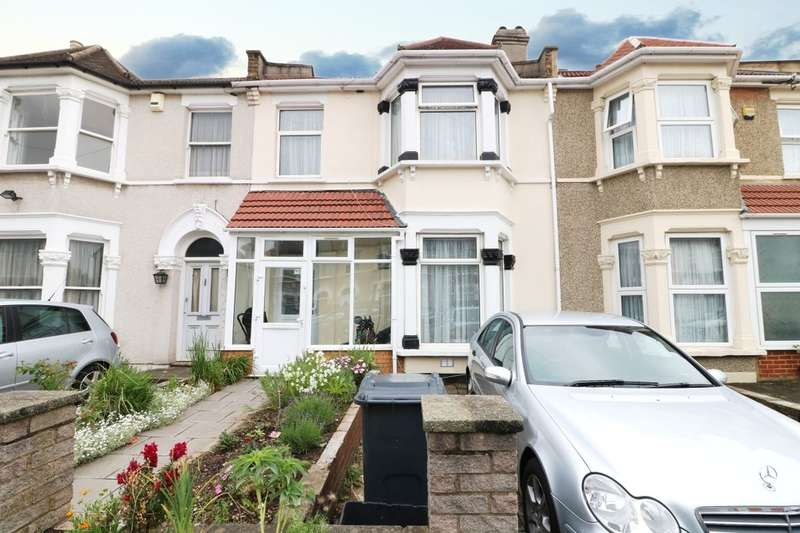 4 Bedrooms Terraced House for sale in Dalkeith Road, Ilford, IG1
