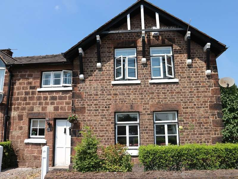 2 Bedrooms Cottage House for sale in Greensbridge Lane, Liverpool, Merseyside. L26 6LE