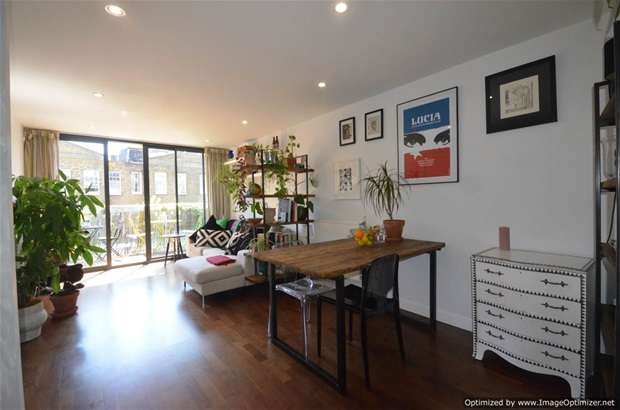 2 Bedrooms Flat for sale in Acer Road, London Fields, E8