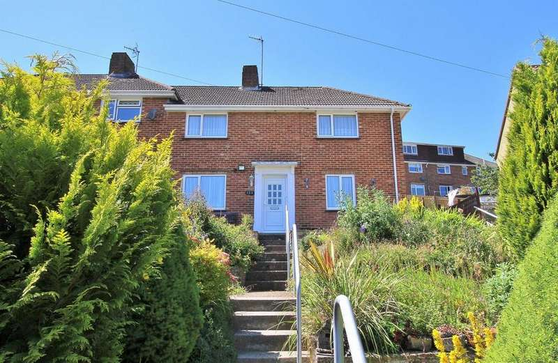 2 Bedrooms Semi Detached House for sale in Hawkhurst Road