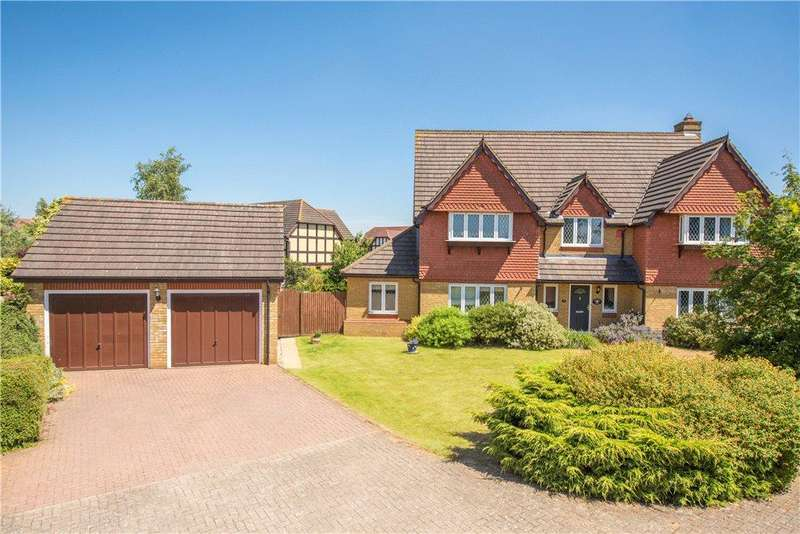 5 Bedrooms Detached House for sale in Carnoustie Drive, Great Denham, Bedford, Bedfordshire