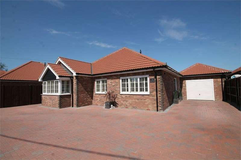3 Bedrooms Detached Bungalow for sale in Tendring Road, THORPE-LE-SOKEN