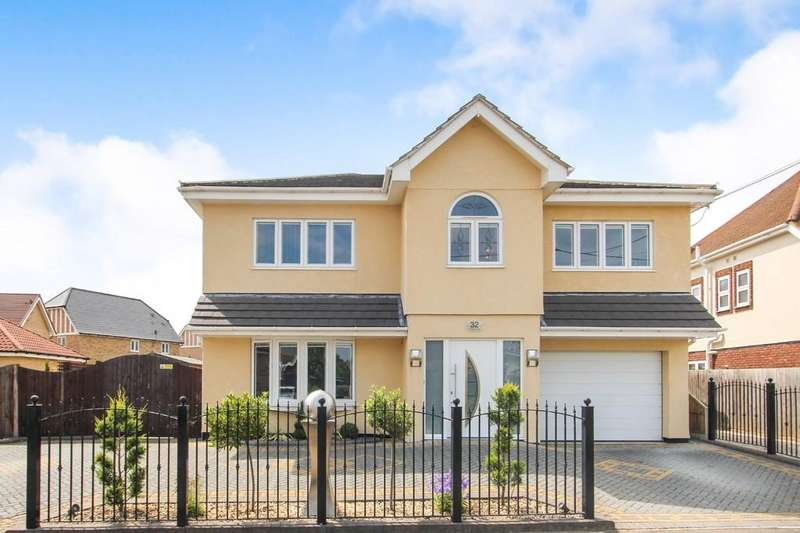 5 Bedrooms Detached House for sale in Thorpe Road, Hockley