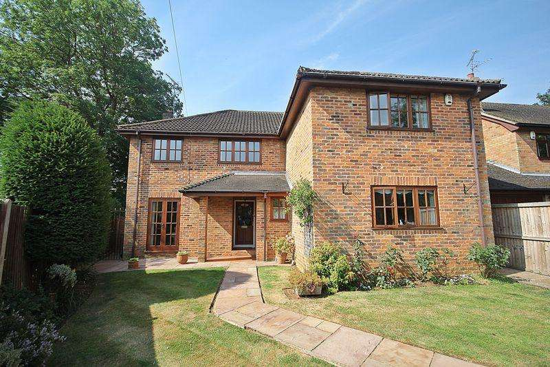 5 Bedrooms Detached House for sale in Workhouse Lane, Toddington