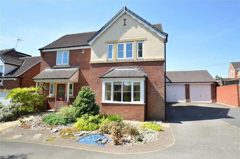 4 Bedrooms Detached House for sale in Chestnut View, Morley, Leeds