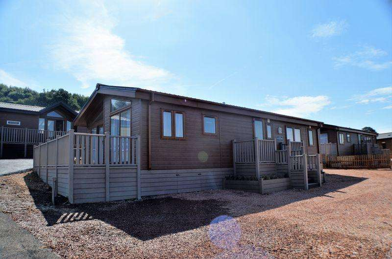 2 Bedrooms Lodge Character Property for sale in Little London, Longhope