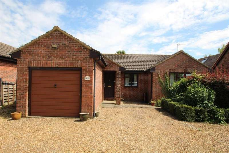 2 Bedrooms Detached Bungalow for sale in The Limes, Stony Stratford, Milton Keynes