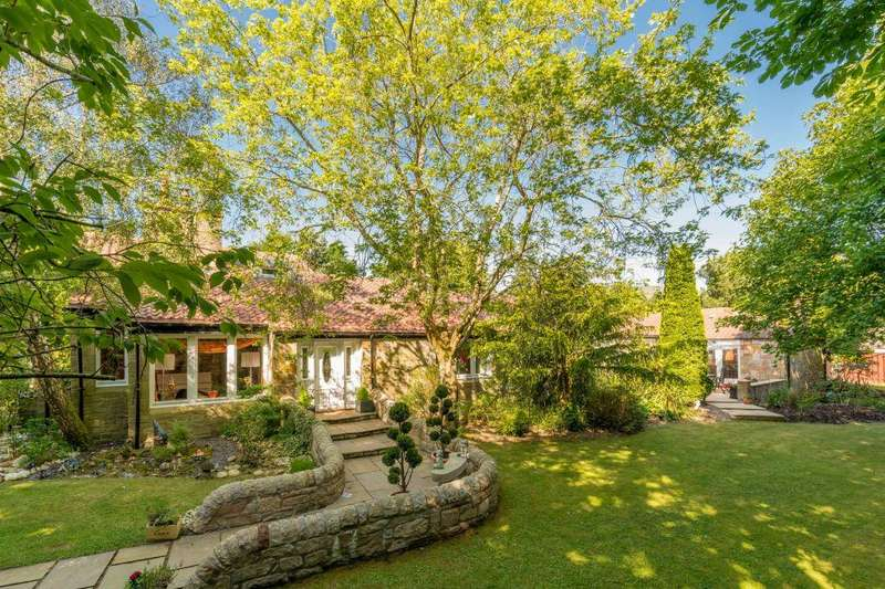 5 Bedrooms Detached House for sale in Mauricewood Farm, Mauricewood Road, Flotterstone, EH26 0NJ