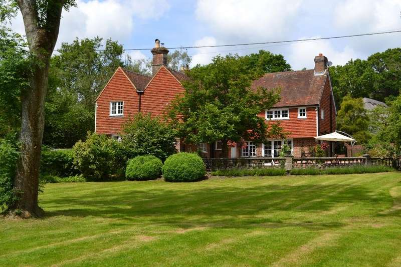 5 Bedrooms Detached House for sale in Kent Street Sedlescombe,