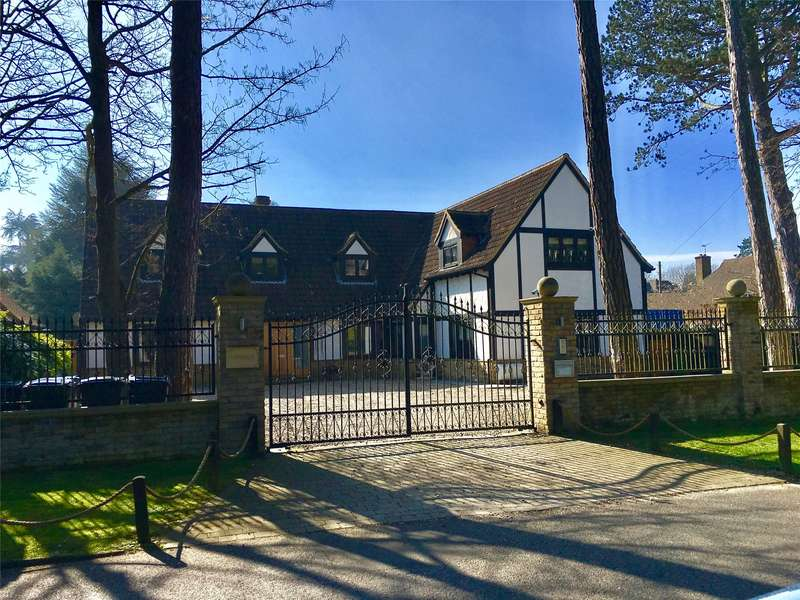 5 Bedrooms Detached House for sale in Tydcombe Road, Warlingham, Surrey, CR6