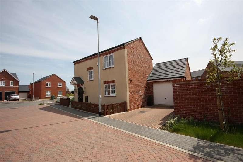 3 Bedrooms Property for sale in Hertford Close, Syston, Leicester