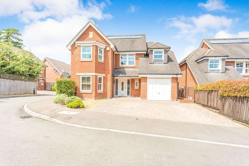 5 Bedrooms Detached House for sale in Jubilee Walk, Kings Langley, WD4