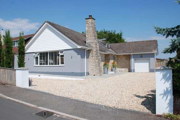 4 Bedrooms Chalet House for sale in Woolbrook Meadows, Sidmouth
