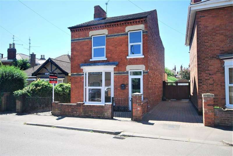 3 Bedrooms Detached House for sale in Cross Street, Spalding