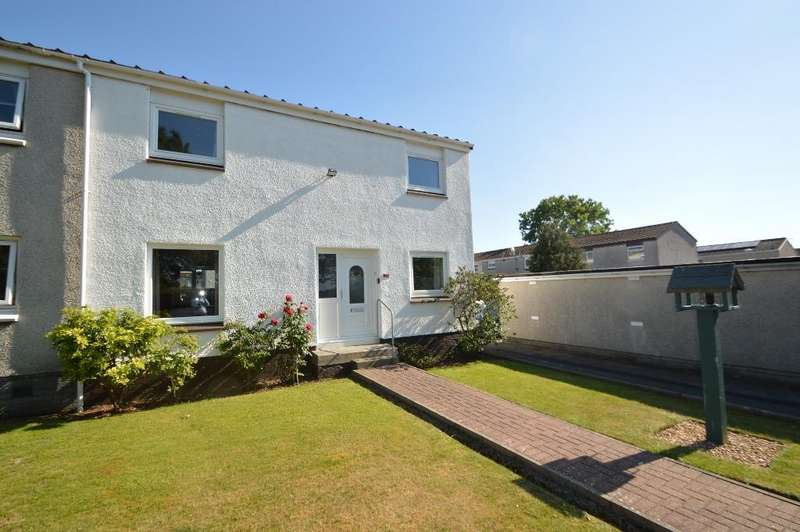 3 Bedrooms Terraced House for sale in Castleview, Dundonald, South Ayrshire, KA2 9JA