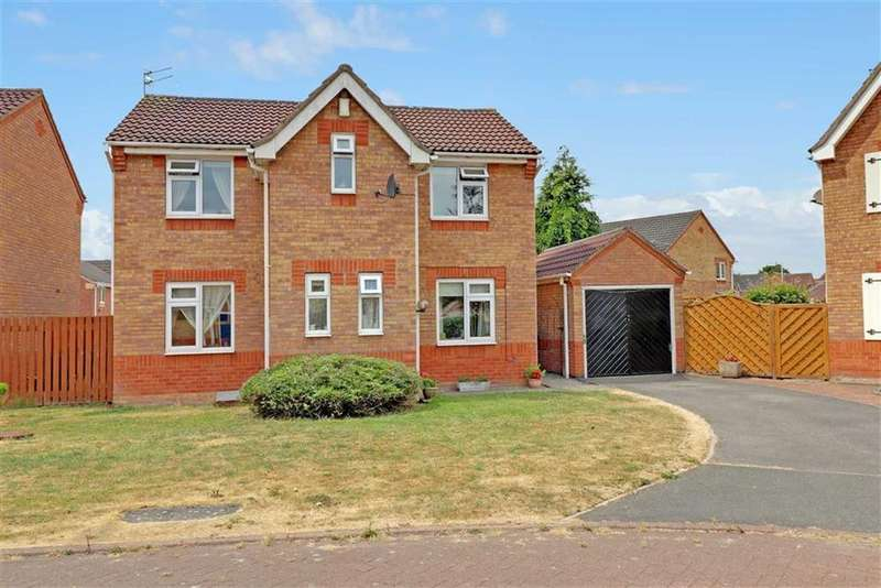 3 Bedrooms Detached House for sale in Maidwell Close, Winsford, Cheshire