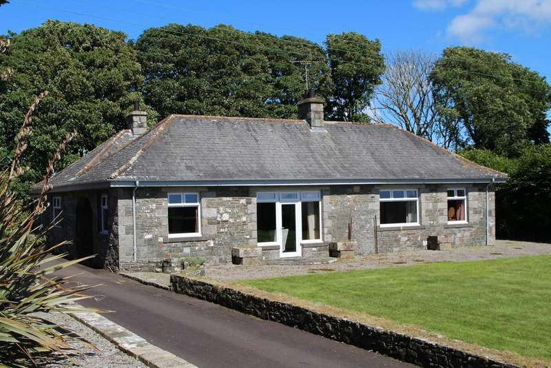 3 Bedrooms Detached Bungalow for sale in Borgue, Kirkcudbright DG6