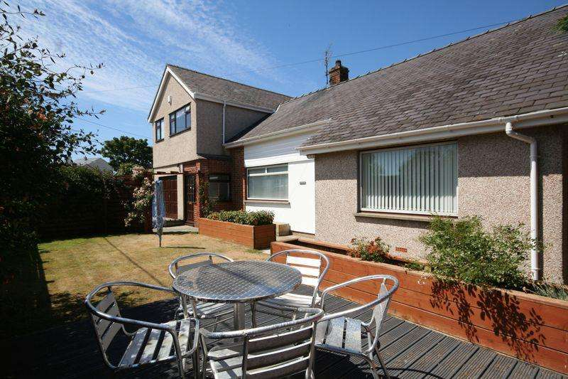 5 Bedrooms Detached House for sale in Rhosneigr, Anglesey