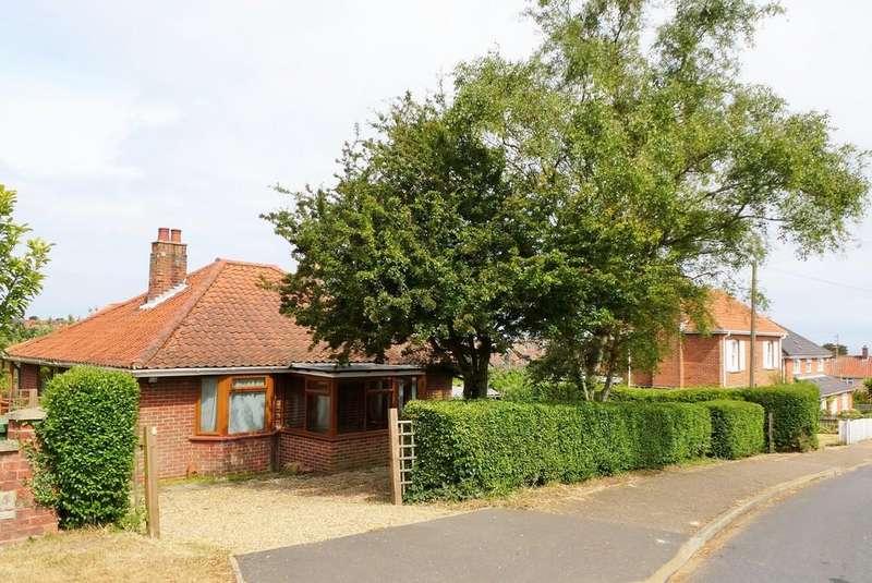 3 Bedrooms Detached Bungalow for sale in Cromer