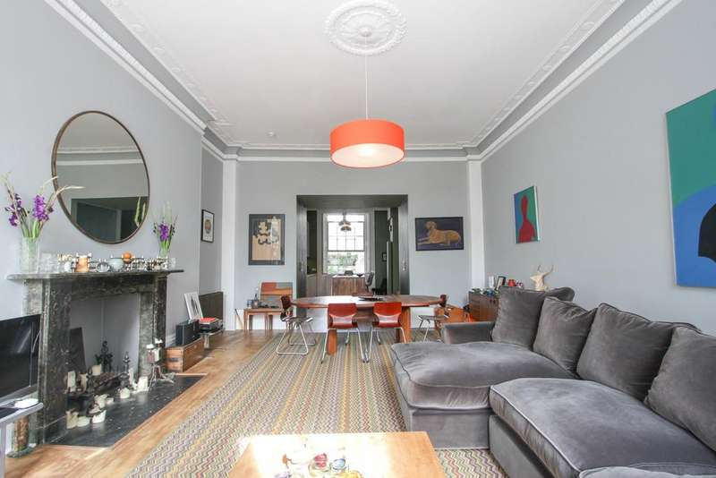 3 Bedrooms Apartment Flat for sale in Sussex Square, Brighton