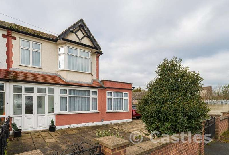 3 Bedrooms Property for sale in Downhills Way, London, N17