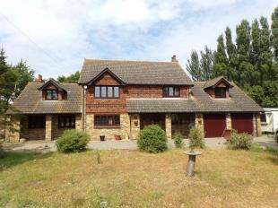 4 Bedrooms Detached House for sale in Ratcliffe Highway, St. Mary Hoo, Rochester, Kent