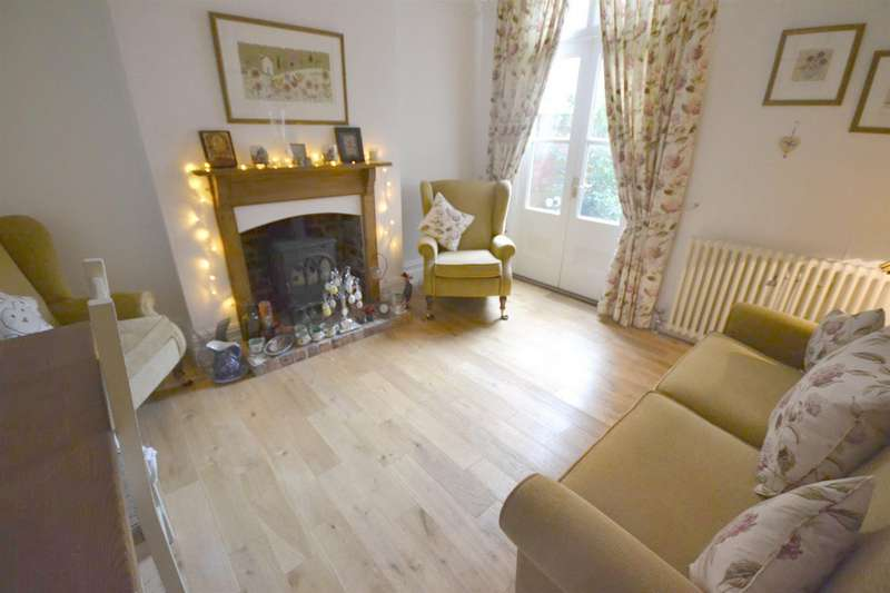 4 Bedrooms Villa House for sale in Victoria Park Road, Leicester
