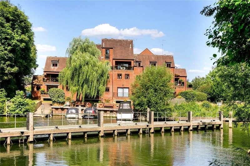 4 Bedrooms Flat for sale in Millbank, Mill Road, Marlow, Buckinghamshire, SL7