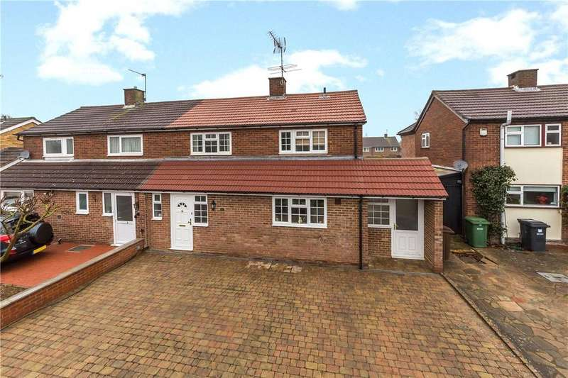 3 Bedrooms Semi Detached House for sale in St. Vincent Drive, St. Albans, Hertfordshire