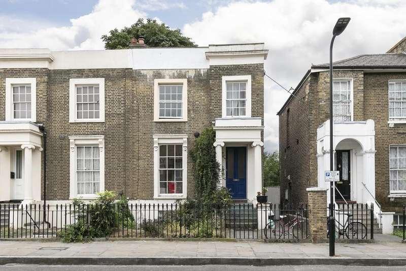 3 Bedrooms Maisonette Flat for sale in Shrubland Road, London Fields, London E8