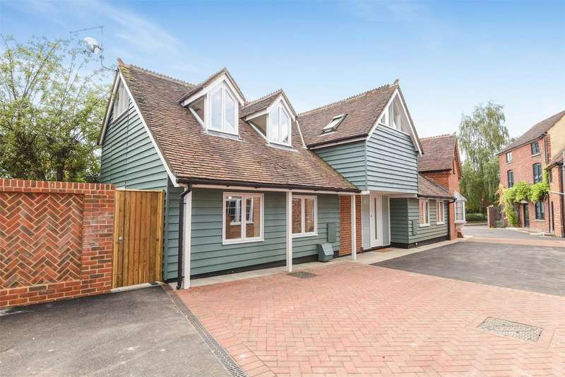 2 Bedrooms Semi Detached House for sale in Portersbridge Street, Romsey, Hampshire