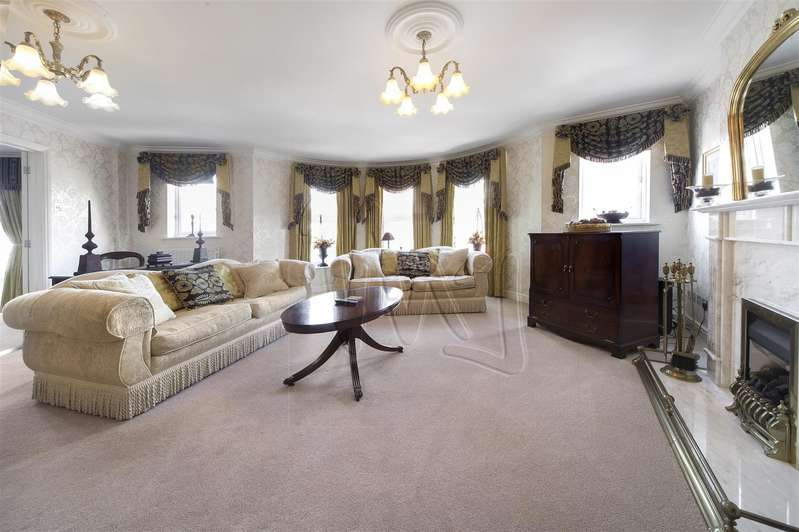 3 Bedrooms Penthouse Flat for sale in Symphony Court, Sheepcote Street, Birmingham