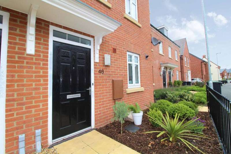 3 Bedrooms Semi Detached House for sale in Great Linns, Marston Moretaine, Bedfordshire, MK43