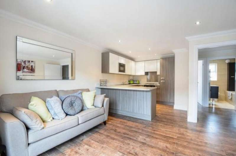 1 Bedroom Apartment Flat for sale in The Old School Apartments, Main Road CO12