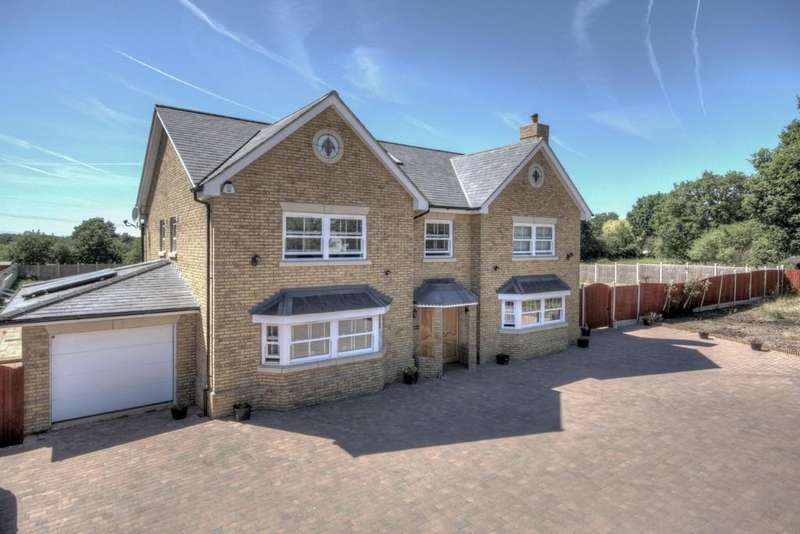 6 Bedrooms Detached House for sale in Southend Road, Howe Green, CM2 7TE