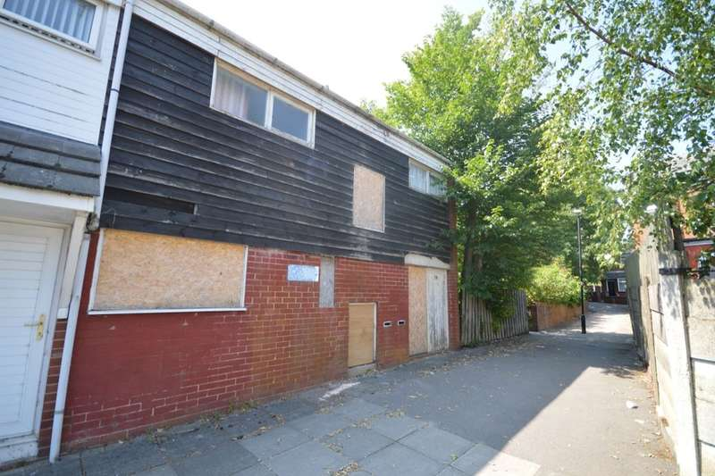 3 Bedrooms Property for sale in Waldron, Skelmersdale, WN8