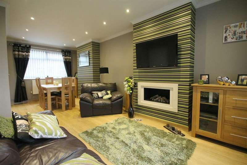 2 Bedrooms Town House for sale in Watson Road, Farnworth, Bolton, BL4 9SA
