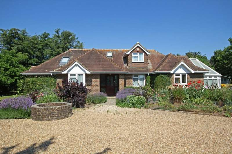 5 Bedrooms Chalet House for sale in The Thorne, Guestling, East Sussex TN35 4LU