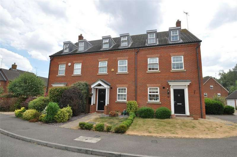 3 Bedrooms Town House for sale in Tubbs Croft, WELWYN GARDEN CITY, Hertfordshire