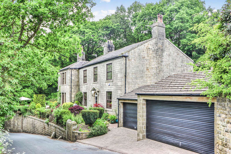 6 Bedrooms Detached House for sale in Cross Stone Road, Todmorden, OL14
