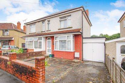 3 Bedrooms Semi Detached House for sale in Stradbrook Avenue, Bristol, Somerset