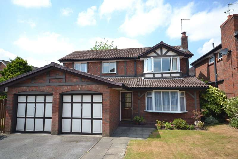 4 Bedrooms Detached House for sale in Montrose Close, Macclesfield, SK10