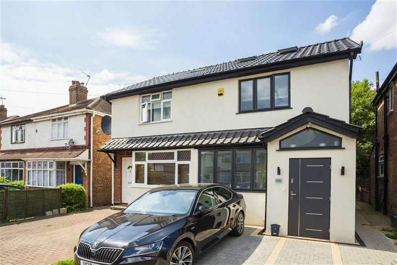 3 Bedrooms Semi Detached House for sale in Wood End Gardens, Northolt, Middlesex